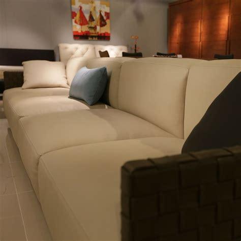 comment nettoyer un canapé en cuir clair comment nourrir un canape en cuir 28 images comment