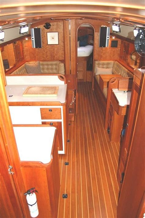valiant  sailboat anchoryachtscom