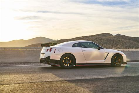 Nissan Gt-r 2017 Top Speed 431 Km/h