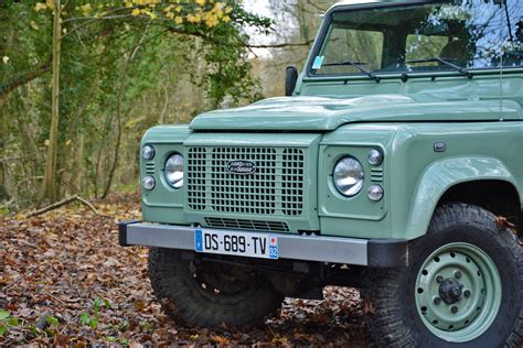 2015 Land Rover Defender Review