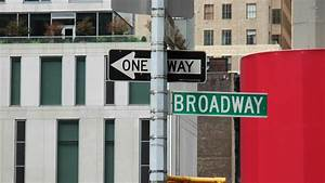 Broadway street sign wallpaper - 918934