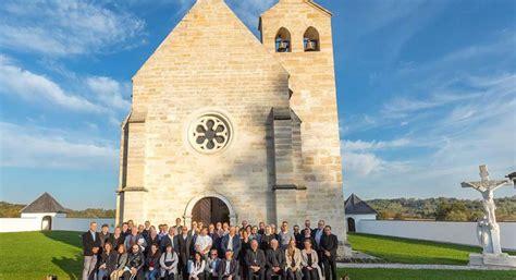 Sudionici simpozija crkvenih pravnika posjetili svetište ...