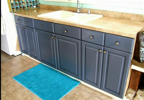 Cabinet Refacing Denver Co by Cabinet Refinishing In Denver Painting Kitchen Cabinets