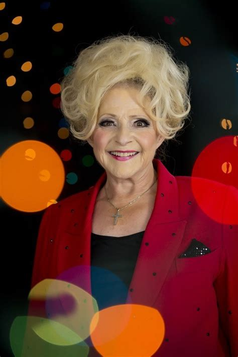 brenda lee first song brenda lee no 1 on billboard country streaming chart with