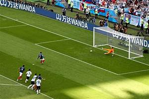 What is a penalty shootout and how does it work in the ...