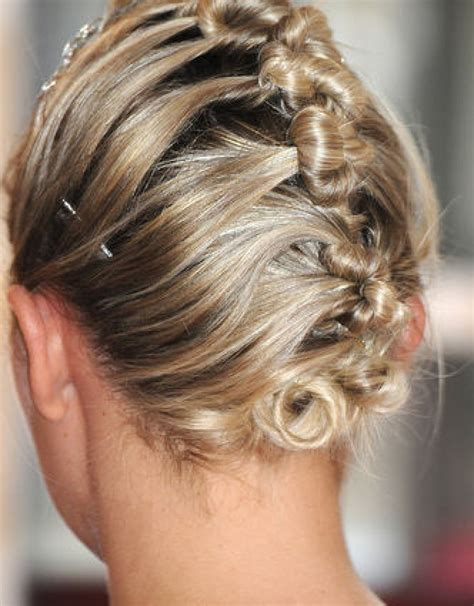 bridesmaid hairstyles for medium length hair elle hairstyles
