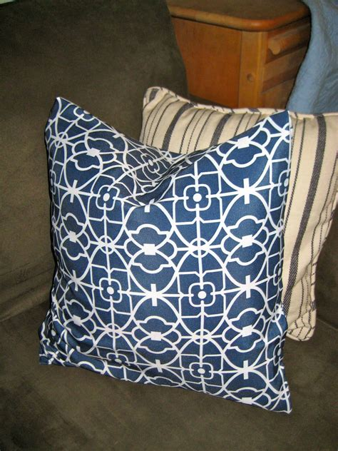 Pillow Slipcovers by How To Make Easy Peasy No Sew Pillow Quot Envelope Quot Style