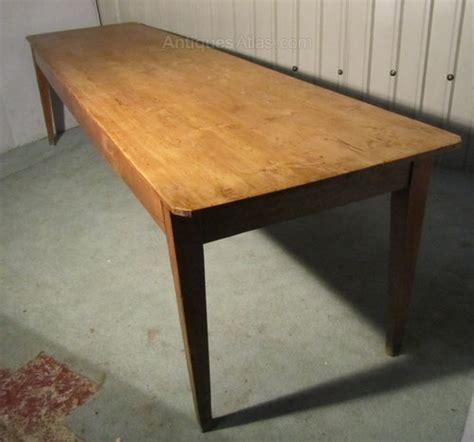 antique farmhouse kitchen table a large french pine farmhouse kitchen table antiques atlas