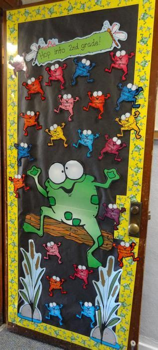 christmas decoration for 2nd grade 17 best ideas about school door decorations on class door decorations classroom