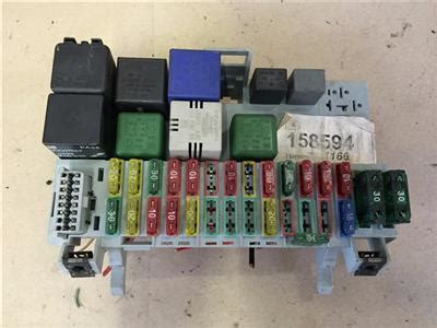 Fuse Box In Astra Mk4 by Opel Vx Astra F Mk3 1 6 16v Petrol Complete Fuse Box With