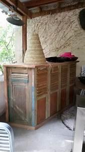 Bar En Bois : bar en bois et m tale casier bouteilles table de bar table haute galerie d mesure ~ Teatrodelosmanantiales.com Idées de Décoration
