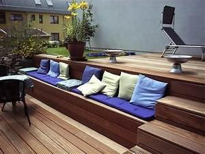 Terrassen Treppen In Den Garten : bankirai terrasse mit treppe und integrierter sitzbank outside terrasse garten und garten ~ Orissabook.com Haus und Dekorationen