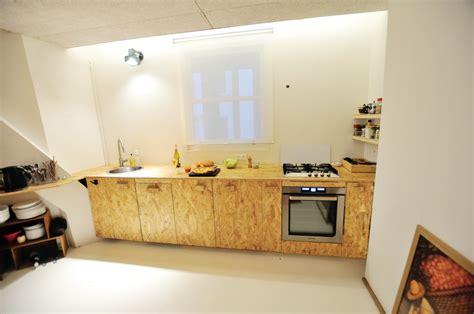 cuisine osb quelques réalisations une cuisine en osb des étagères ajustées quasiment
