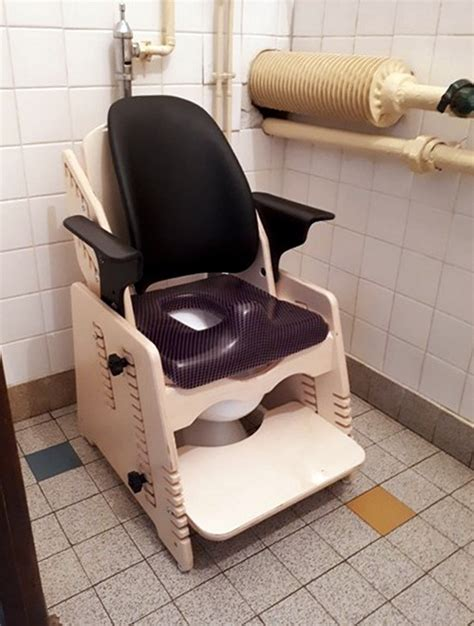 siege de wc le siège de wc maternelle gabamousse mobilier adapté