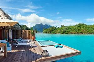 Best overwater bungalows in bora bora for your honeymoon for Honeymoon huts over water