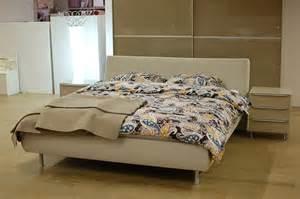hã lsta schlafzimmer metis kommode hulsta metis plus hulsta metis plus slaapkamer design zand kleur beige hoogglans