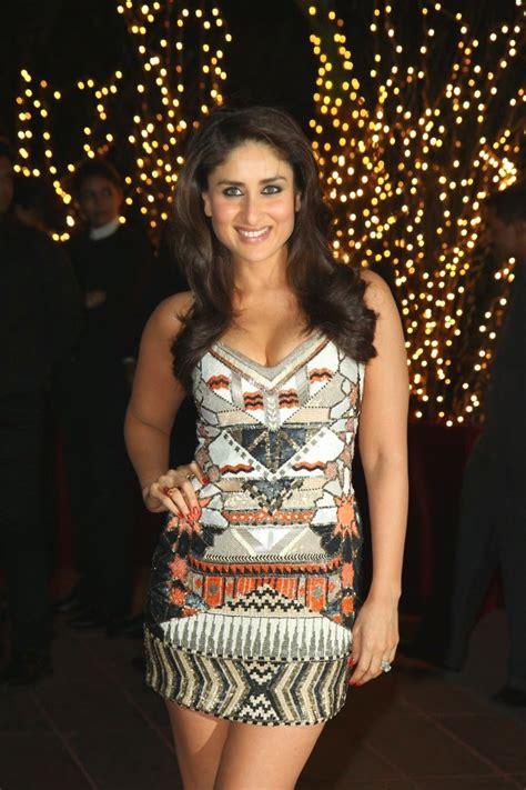 Kareena Kapoor Khan Short Skirt Hot Thigh And Deep
