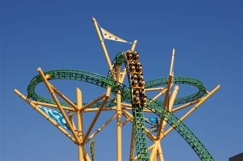 cheetah hunt busch gardens review and on ride of cheetah hunt roller