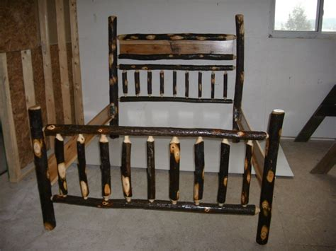 rustic log hickory bed frame  perfect   rustic