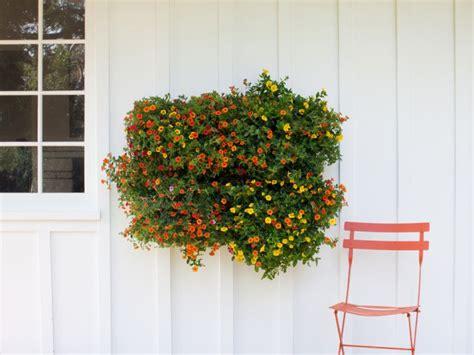 Frische Wanddekoration Mit Pflanzenwand Mit Haengenden Blumentoepfe outdoor pflanzenwand um es selbst in 13 ideen zu