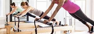 Abnehmen Mit Pilates : pilates vorteile kalorienverbrauch abnehmen ~ Frokenaadalensverden.com Haus und Dekorationen