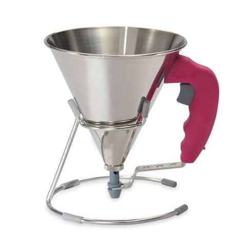 entonnoir cuisine entonnoir à piston fushia de buyer entonnoirs de cuisine