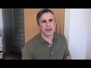 Tom Fitton discussing the infamous Clinton-Lynch tarmac ...