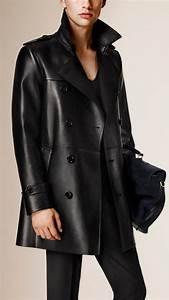 Trench Coat Burberry Homme : 1000 ideas about leather trench coat on pinterest burberry coat trench coats and coats ~ Melissatoandfro.com Idées de Décoration