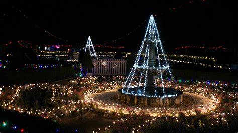 christmas lights spectacular hunter valley gardens