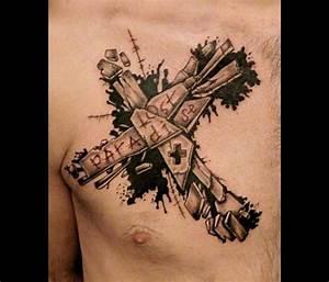 Tatouage Homme Croix : tatouage croix graphicaderme ~ Melissatoandfro.com Idées de Décoration