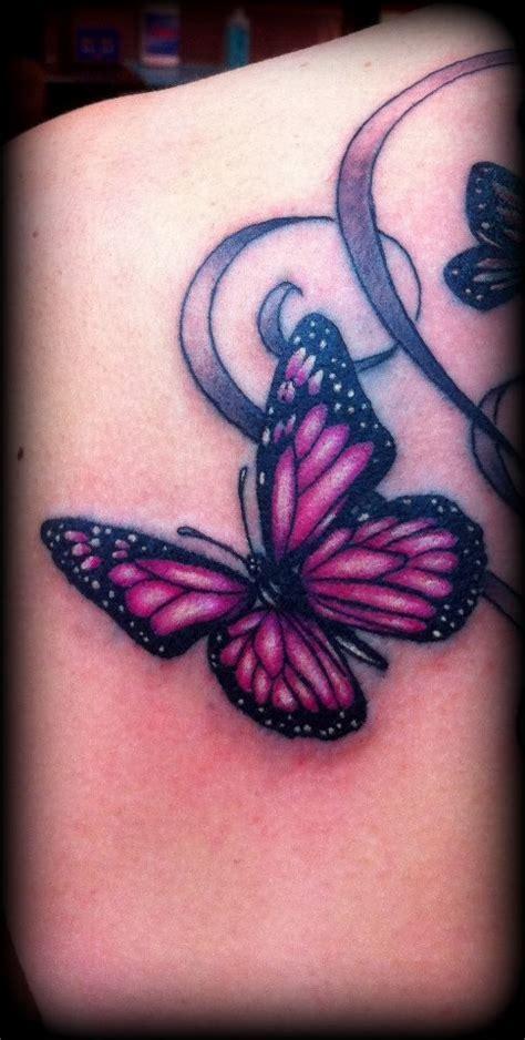 Tatouage Rose Papillon