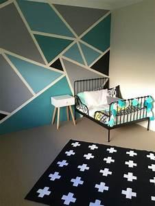 Klebeband Von Wand Entfernen : geometrische formen tolle wandgestaltung mit farbe ~ Frokenaadalensverden.com Haus und Dekorationen