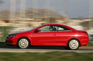 Vauxhall Astra 1 8 Twintop Sport Review