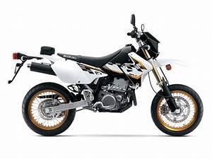 Suzuki 400 Drz Sm : 2015 suzuki dr z400sm review revzilla ~ Melissatoandfro.com Idées de Décoration