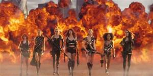 Taylor Swift's new music video stars all of her supermodel ...
