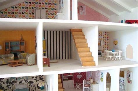 dollhouses        tiny doll