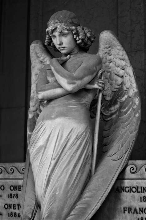tomb   oneto family staglieno cemetery genoa