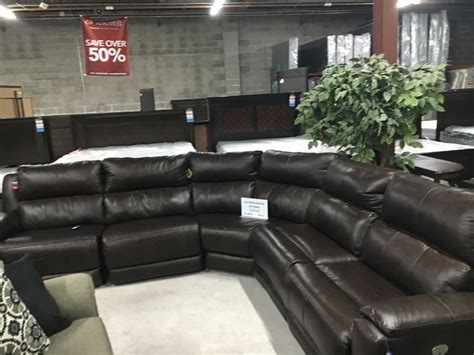 southern motion power reclining sofa discounted furniture in okc bob mills furniture endzone