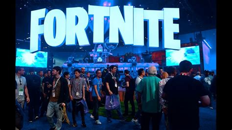why some fortnite players are mad at sony playstation