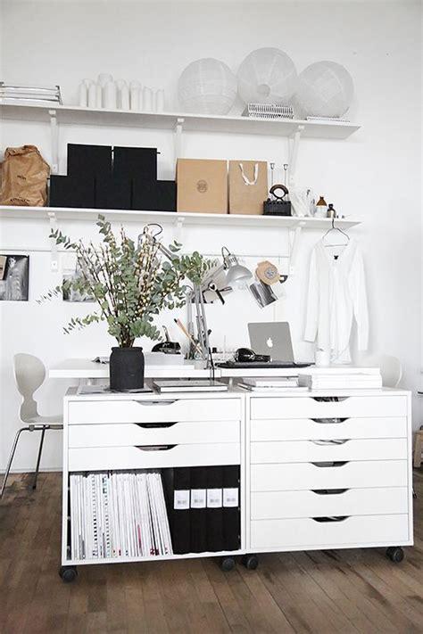 bureau personnalisé épinglé par sanna sur home office bureau