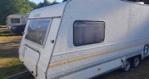 Welchen Kühlschrank Kaufen : gummiprofil und gummidichtung reinigen am wohnwagen camping experten ~ Markanthonyermac.com Haus und Dekorationen