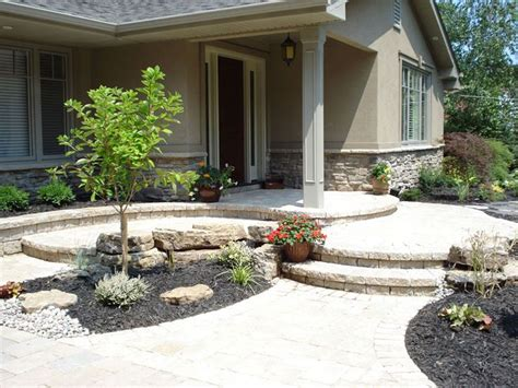 front yard walkways 17 best ideas about front yard walkway on pinterest front yard decor concrete porch and yard
