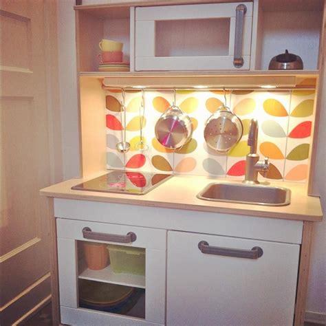 cuisine ikea duktig ikea play kitchen wallpaper and lighting added easy diy