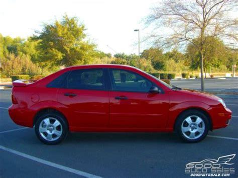 buy used 2005 ford focus zx4 ses 4 door red 69k miles