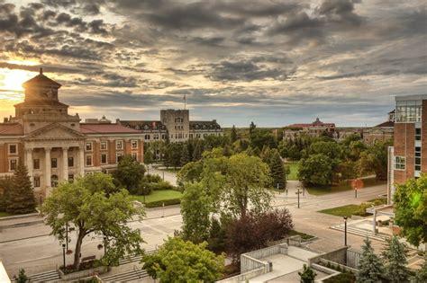 College Spotlight University Manitoba Expert