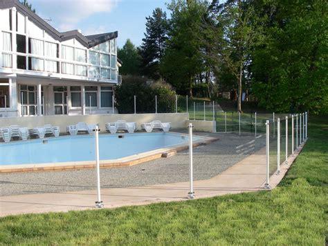 barri 232 re oc 233 anix white la discr 233 tion d une protection de piscine efficace securite piscine