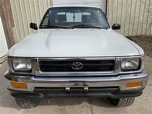 1992 Toyota Pickup 2 4  4x4  Extended Cab  5 Speed Manual
