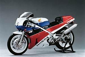 Honda Rc 30 : 10 motorcycles for our fantasy garage wired ~ Melissatoandfro.com Idées de Décoration