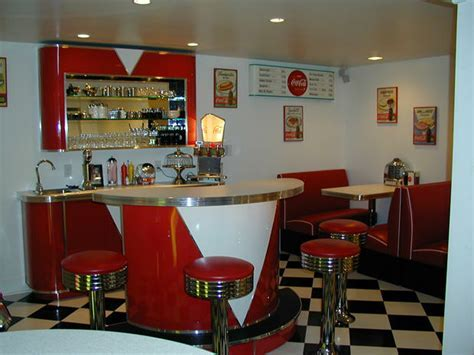 Tims Retro Room 1.fw  » Bars & Booths