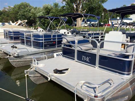 Boat Slip Lake Minnetonka by Lake Minnetonka Boat Rental Pontoon Rentals Fishing Boat